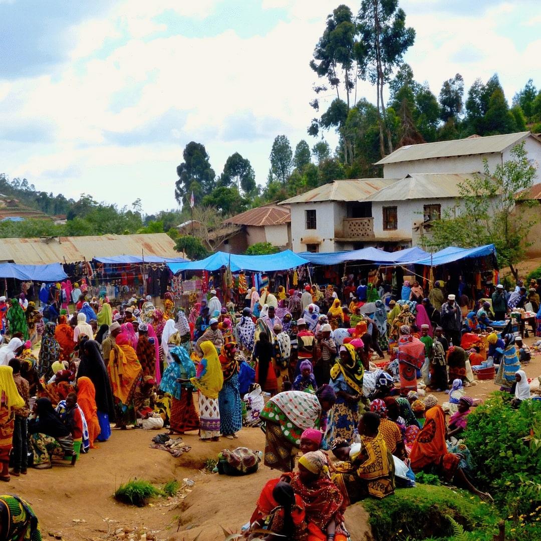 Markttag in Mambo